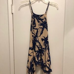 Dresses & Skirts - Tan tropical dress with blue trees